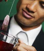 بلافاصله بعد از غذا چای ننوشید!