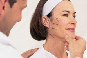 همه چیز در مورد کشیدن پوست صورت (لیفتینگ)