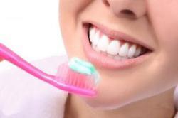 بهداشت دهان و دندان در محل کار