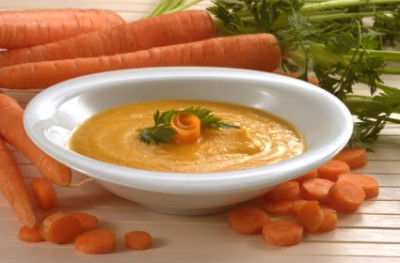سوپ هویج و گشنیز