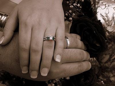 چرا مردها از حلقه ازدواج فرار می کنند؟